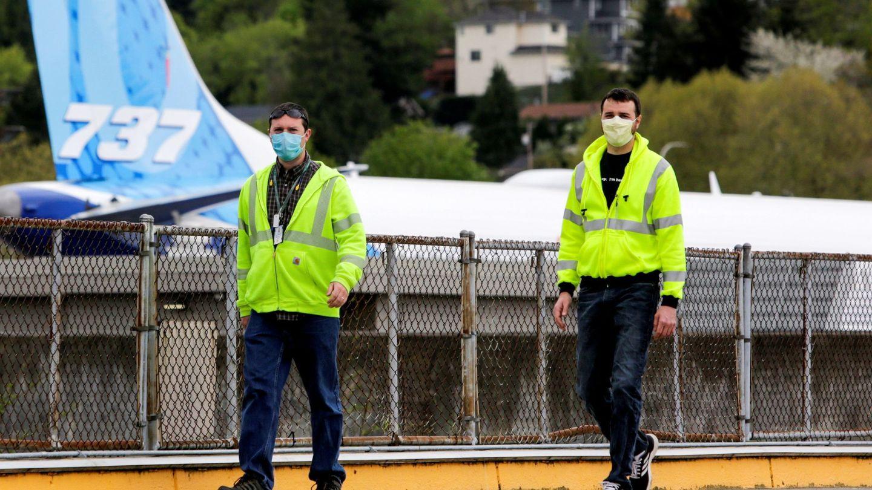Trabajadores de Boeing en la fábrica del 737 MAX en EEUU. (Reuters)