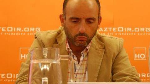 El abogado del bombero transexual acusado de maltrato está ligado a Hazte Oír