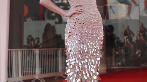 Maya Thurman Hawke, en Venecia con lookazo y sin depilar