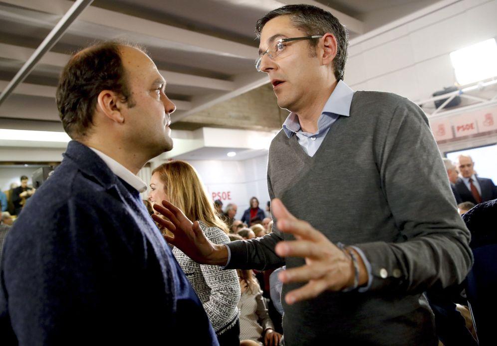 Foto: José Carlos Díez y Eduardo Madina, coordinadores de la ponencia económica y política del PSOE, el pasado 26 de enero. (EFE)