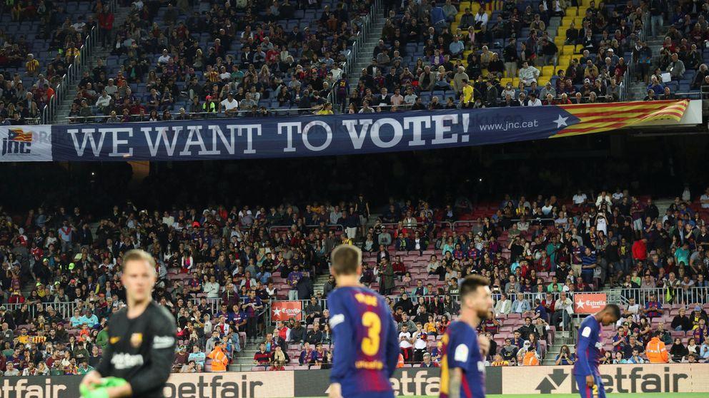 Tres realidades para el Camp Nou en una tarde de fútbol y política