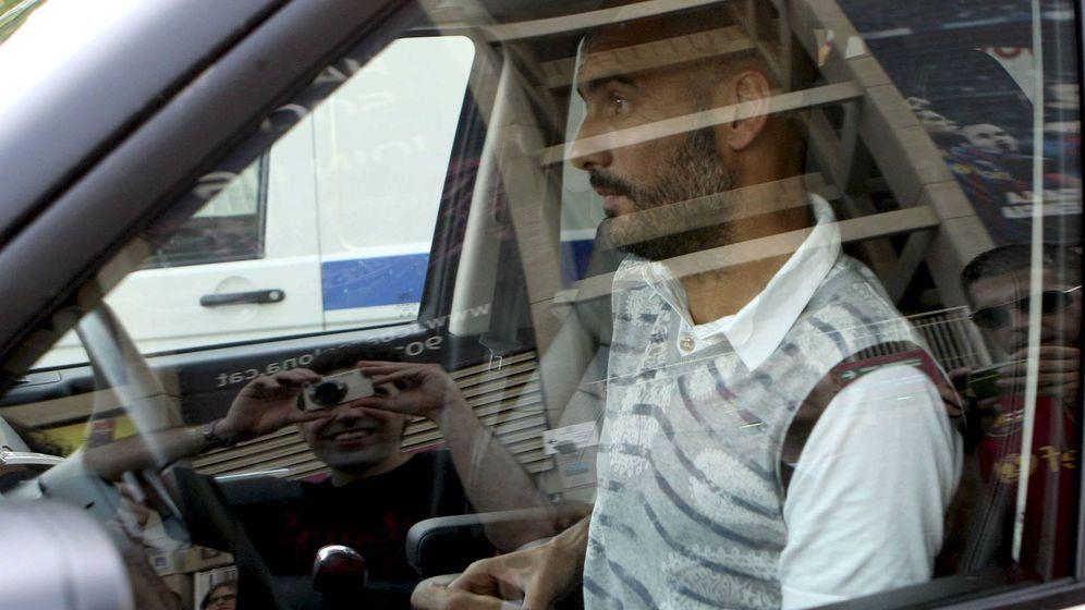 Foto: Peligro, Guardiola al volante: ha roto cuatro coches valorados en 536.000€. (EFE)