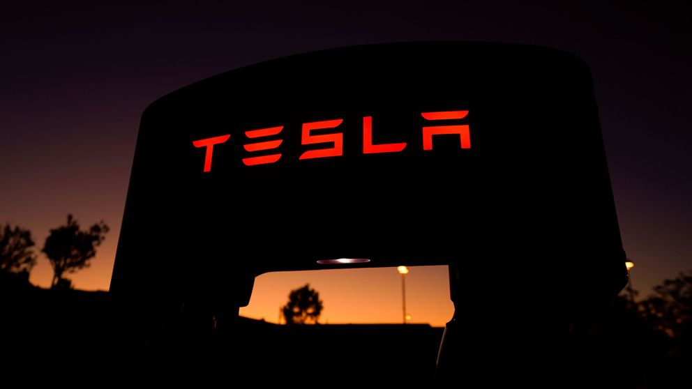 Tesla cae con fuerza después de unos resultados récord