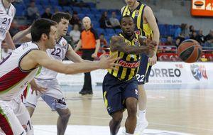 Baskonia cierra la Euroliga en el Buesa aplastando al Fenerbahçe