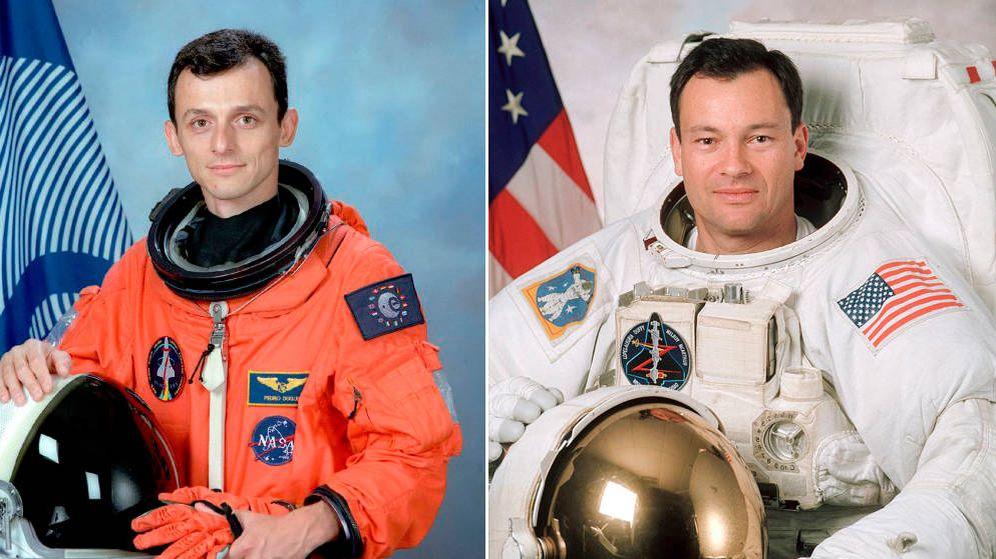 Foto: Pedro Duque y Miguel López Alegría. (ESA / NASA)
