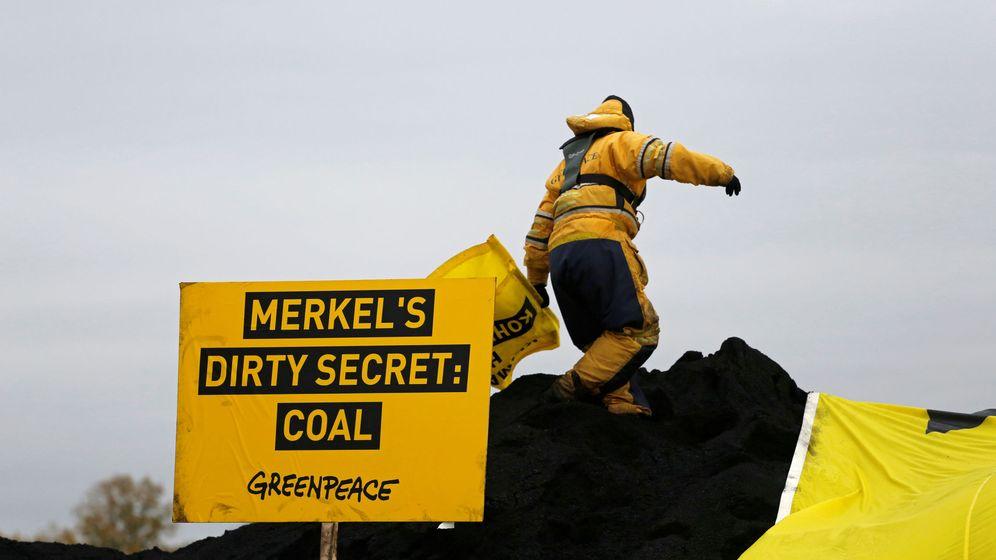 Foto: Activistas contra el carbón. (Reuters)