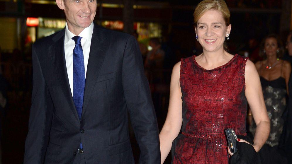 Foto: Iñaki Urdangarin y la Infanta Cristina venden Pedralbes (EFE)