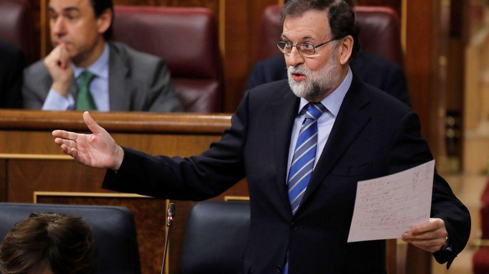 Foto: El jefe del Ejecutivo, Mariano Rajoy, durante su intervención en la sesión de control al Gobierno. (EFE)
