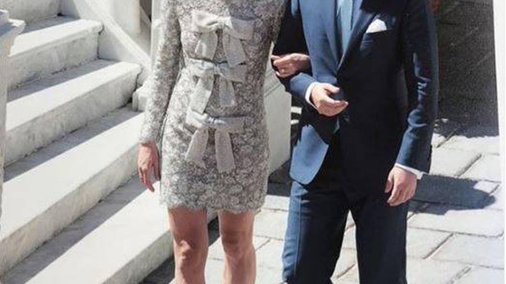 Carlota Casiraghi y Dimitri Rassam torpedean las fotos no oficiales de su boda