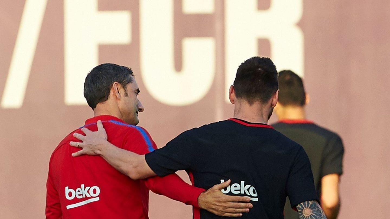 Ernesto Valverde se entiende maravilla con Leo Messi. (EFE)