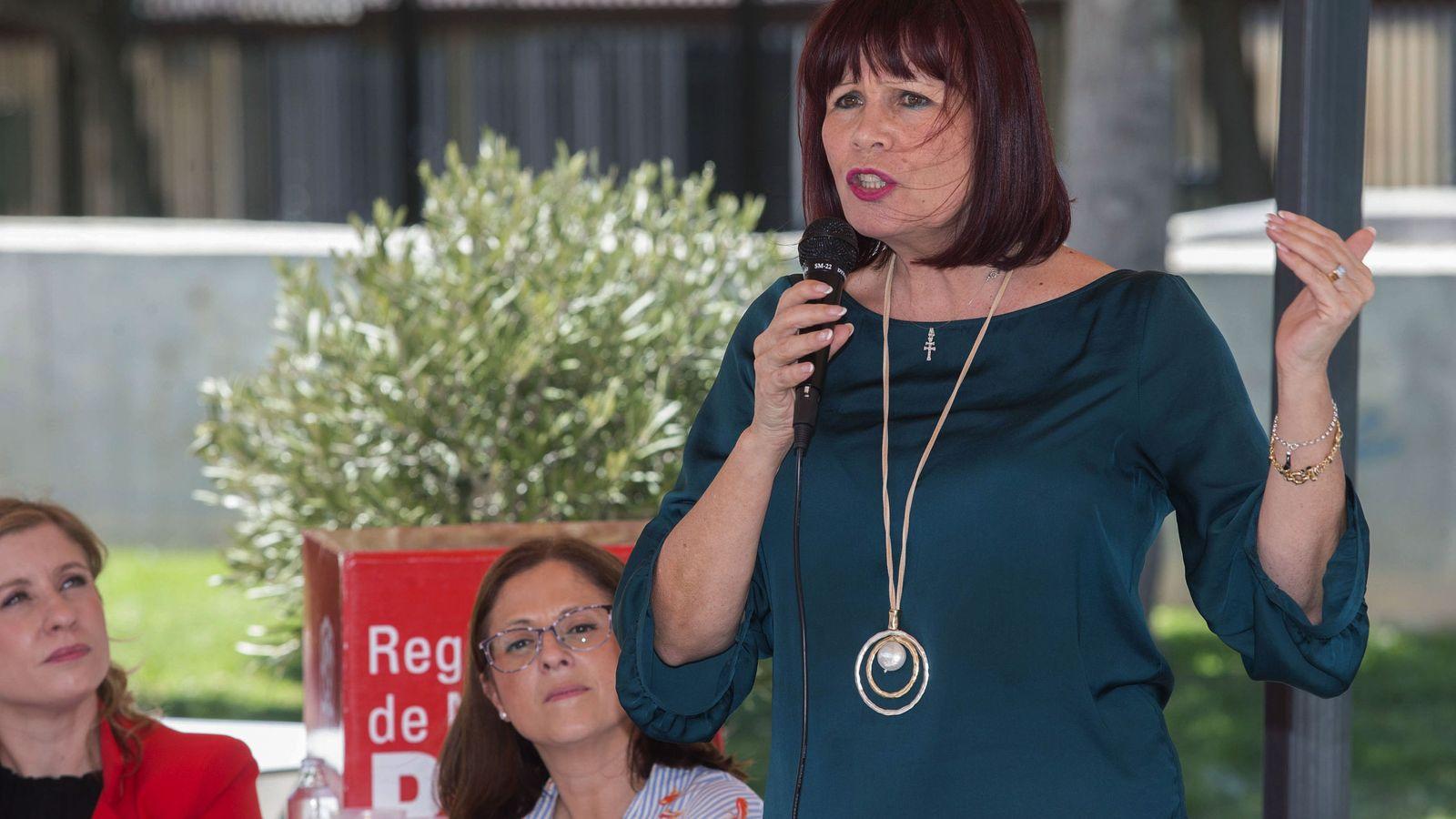 Foto: Micaela Navarro en acto de campaña en murcia. (EFE)