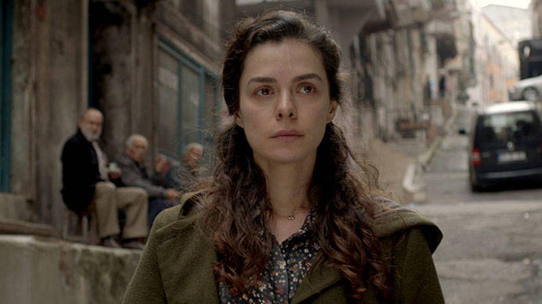 ¿Quién es Özge Özpirinçci (Bahar)? La actriz de 'Mujer' le debe su fama a un anuncio de magdalenas