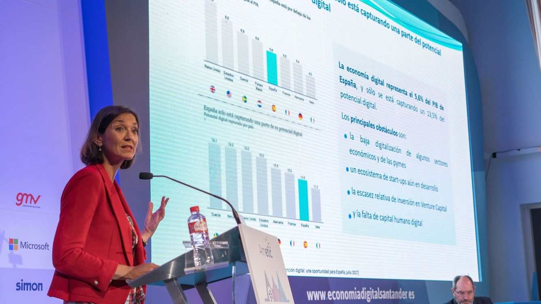 Industria admite que España necesita generar más profesionales digitales
