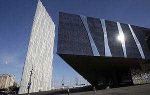 La Zona Franca pone a la venta la sede de Telefónica en Barcelona