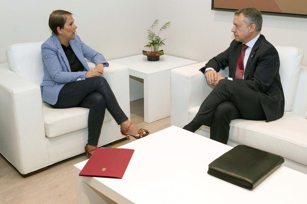Foto: Uxue Barkos e Iñigo Urkullu, durante una reunión institucional. (EFE)