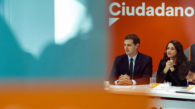 El presidente de Ciudadanos, Albert Rivera, y la líder en Cataluña, Inés Arrimadas. (EFE)