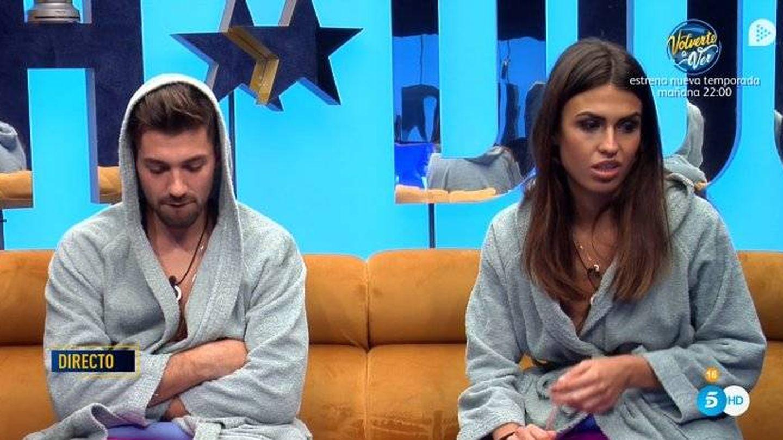 Sofía explicando la traición de Ylenia en 'GH Dúo'. (Telecinco)
