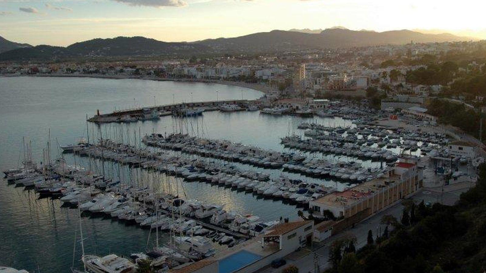 Foto: Puerto deportivo de Torrevieja.