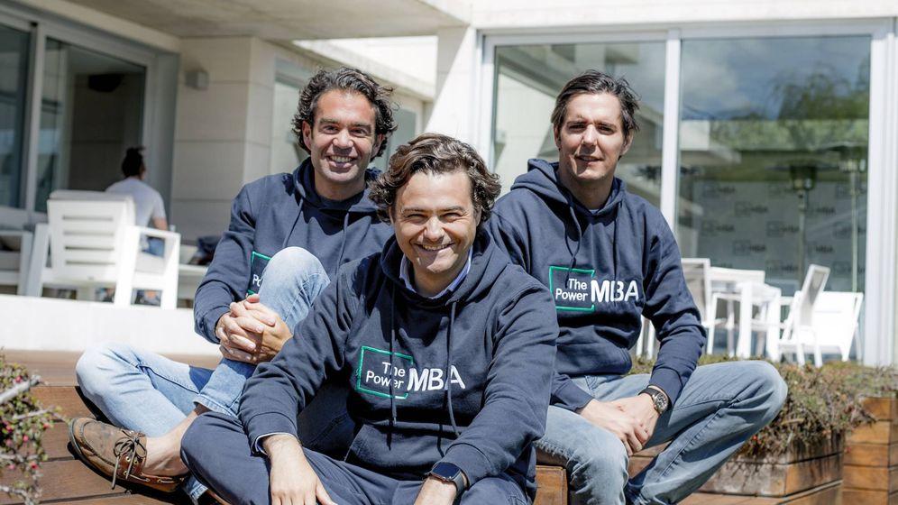 Foto: Borja Adanero, Rafa Gozalo y Hugo Arévalo, cofundadores de ThePowerMBA. (TPMBA)