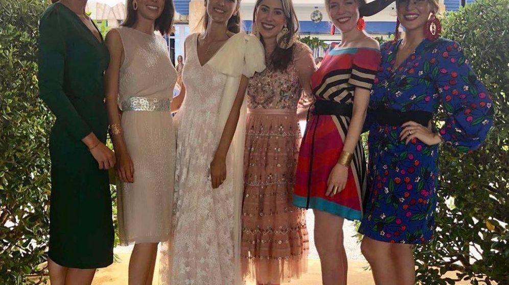 Foto: Foto de grupo de la boda 'Fascinante'. (Redes @cris_serra.g)