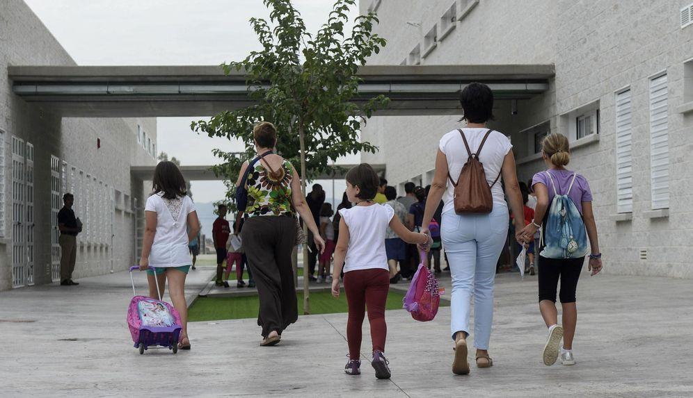Foto: El 'pin parental' tensiona la relación entre las derechas. (EFE)