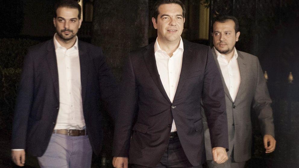 Grecia ofrece a Tsipras un cheque en blanco para que haga experimentos