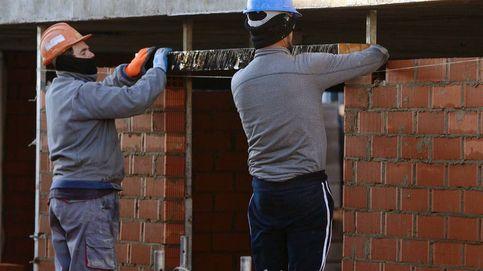 España creó 402.300 empleos en 2019, el peor desde 2013, pese al repunte de diciembre