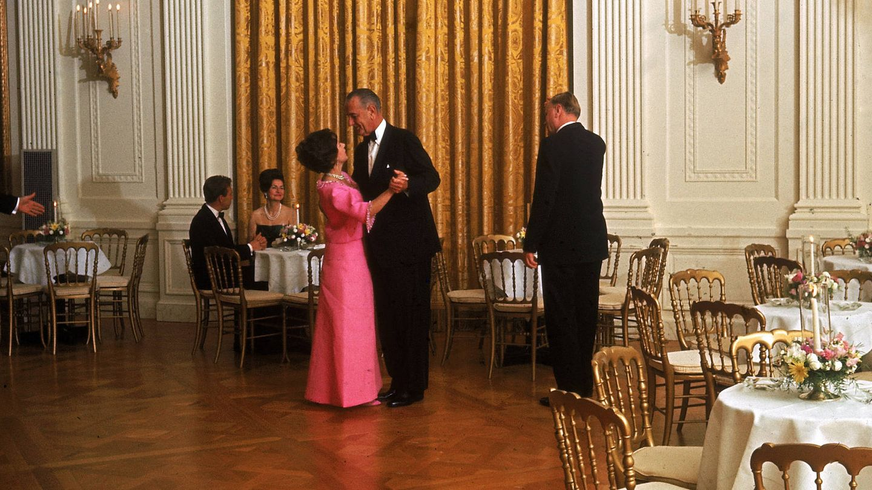 Johnson, bailando con la princesa Margarita. (Getty)