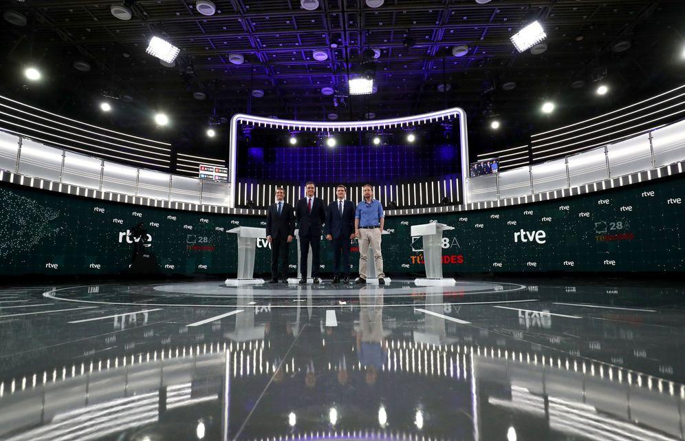 Foto: Pablo Casado, Pedro Sánchez, Albert Rivera y Pablo Iglesias, el pasado 22 de abril en el debate de RTVE. (Reuters)