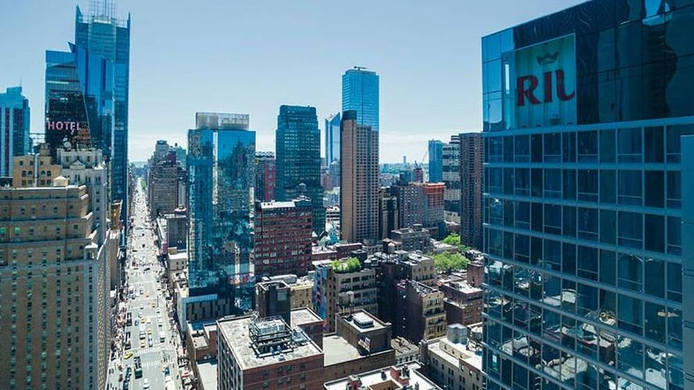 Foto: Vista del Hotel Riu Plaza New York Times Square, su segundo hotel en EEUU. (EFE)