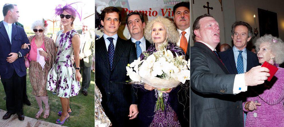 Foto: La duquesa de Alba, junto a Carmen Lomana, 'El Juli' y César Cadaval (Gtres)