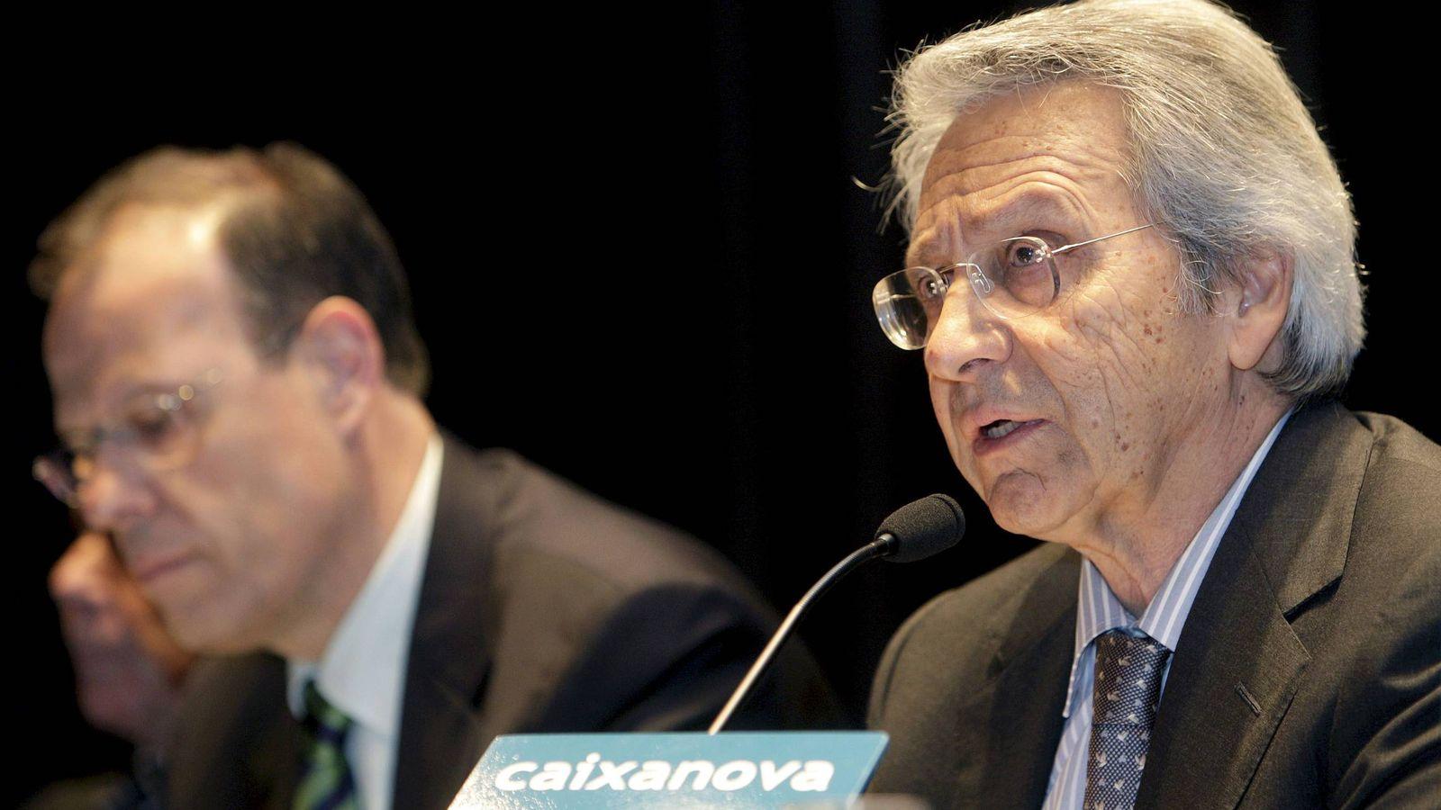 Foto: José Luis Pego (i) y Julio Fernández Gayoso. (EFE)