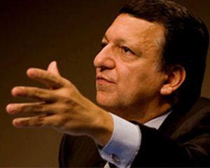 """Barroso dice que los bancos tienen """"beneficios excesivos"""" y propondrá una tasa para frenar especulación"""