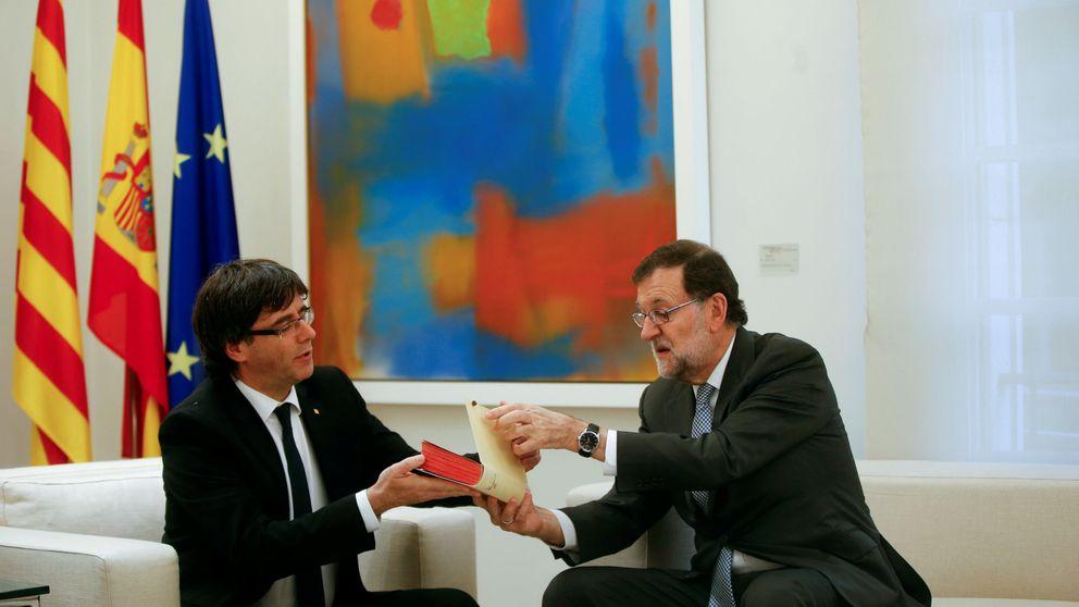 Puigdemont propuso incluir la oferta de pacto de Rajoy en la papeleta de consulta