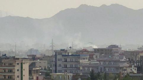 Disparan varios cohetes contra el aeropuerto de Kabul tras la explosión con 7 fallecidos