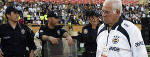 El Fenerbahçe de Luis se queda sin títulos en Turquía