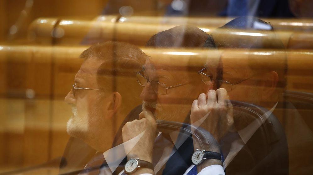 Foto: El presidente del Gobierno, Mariano Rajoy, durante la sesión de control al Gobierno en el Senado. (EFE)