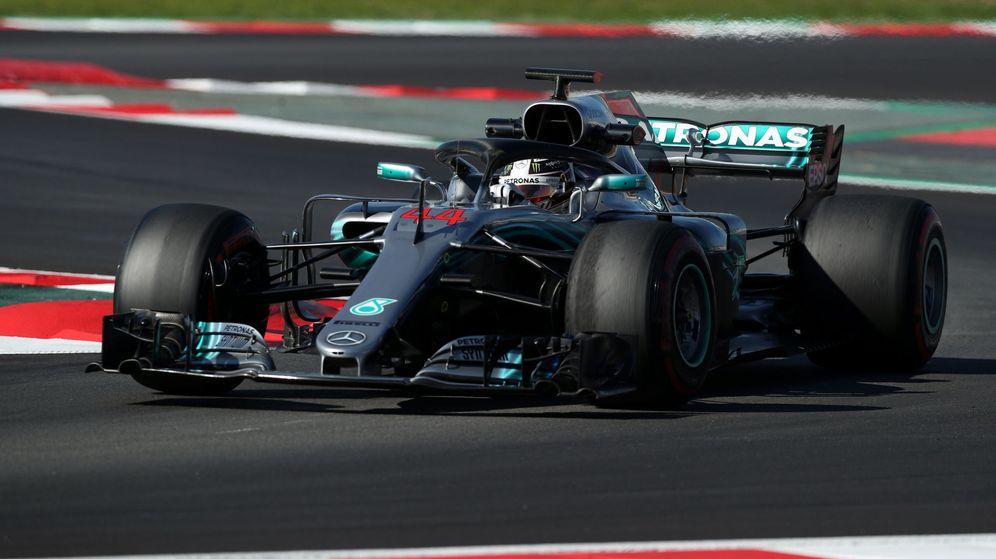 Foto: ¿Lo mejor para seguir una carrera de F1? Tener la 'app' o la web de la F1 abierta, dice De la Rosa. (Reuters)
