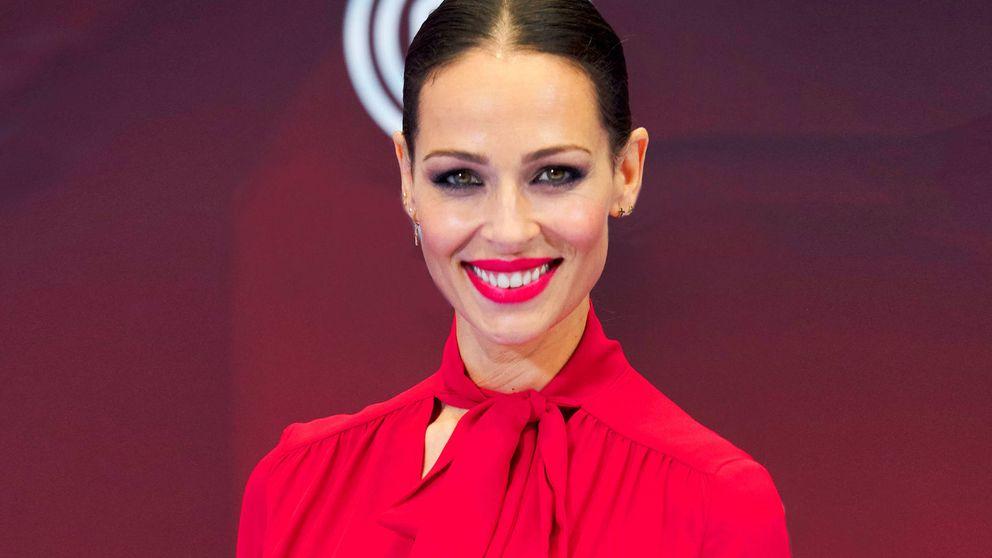 Eva González arrasa en Vitoria con un look más royal que nunca