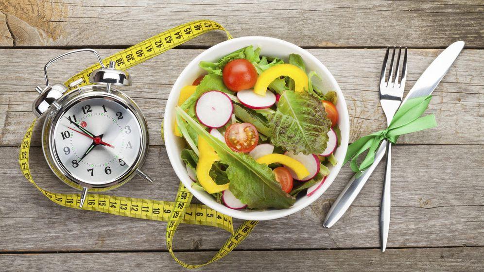 Foto: Puedes hacer seis comidas al día, siempre y cuando no superen las 400 calorías. (iStock)