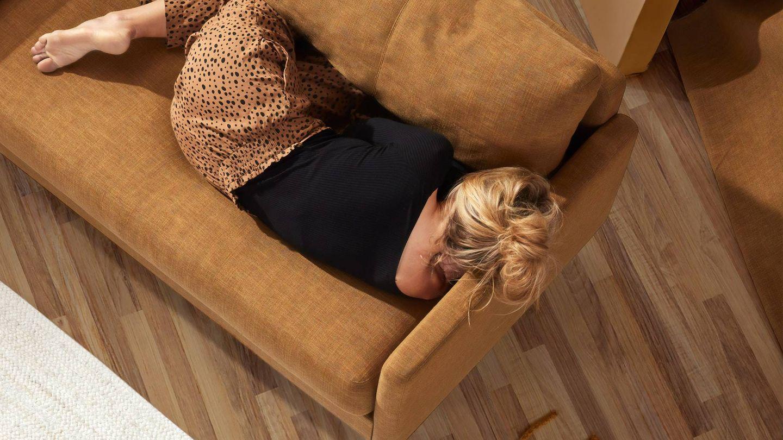 Posturas de yoga para dormir mejor. (Inside Weather para Unsplash)