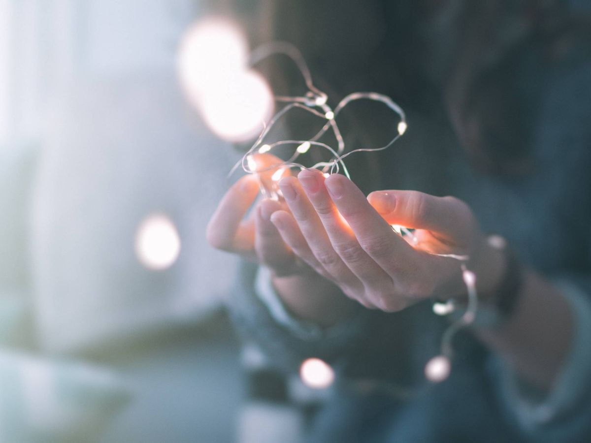 Foto: Cómo cuidar las manos para frenar los signos de la edad. (Unsplash)
