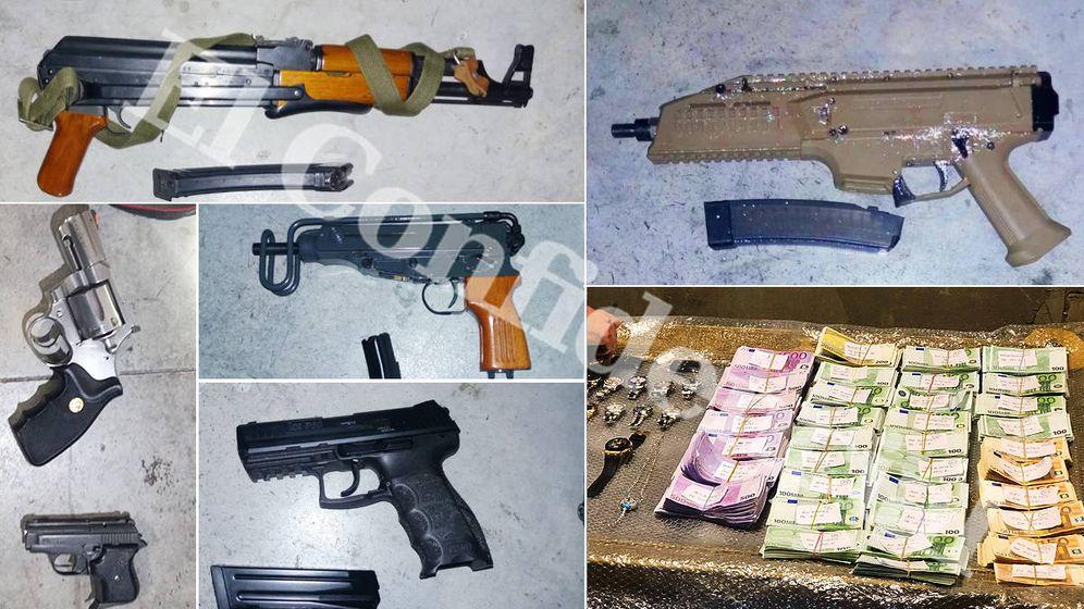 Foto: Las armas y dinero incautado a la mafia holandesa de la Costa del Sol.