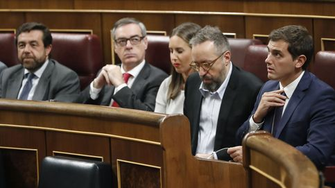 Rivera se arma para afianzar al votante de centro y resistir a los ataques del PP