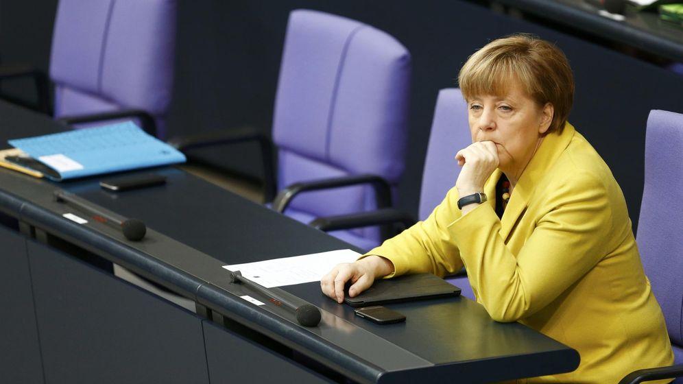 Foto: La canciller alemana Angela Merkel, en su escaño del Bundestag. (Reuters)