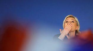 Francia y el abismo: cómo podría ganar Marine Le Pen