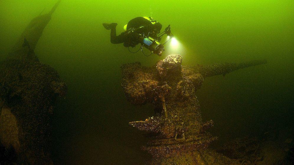 Foto: Un submarino soviético hundido en el Báltico. (Efe/Stefan Hogeborn)