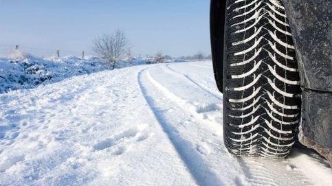 Cómo evitar que la nieve nos deje tirados en una carretera
