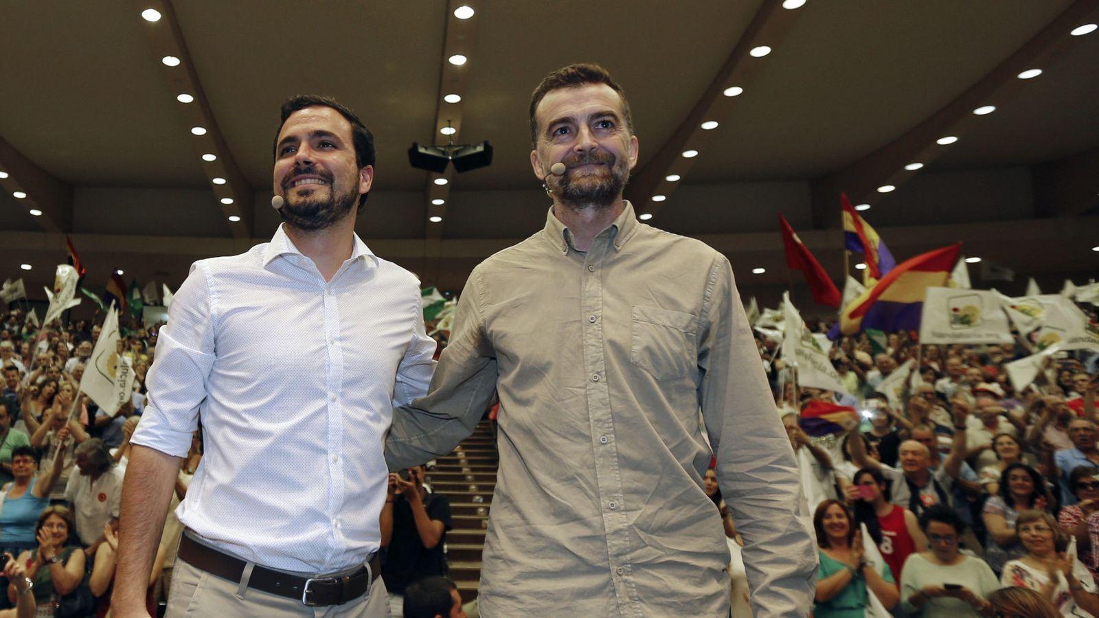 Foto: El coordinador general de IU, Alberto Garzón, y el coordinador general de IU Andalucía, Antonio Maíllo. (EFE)