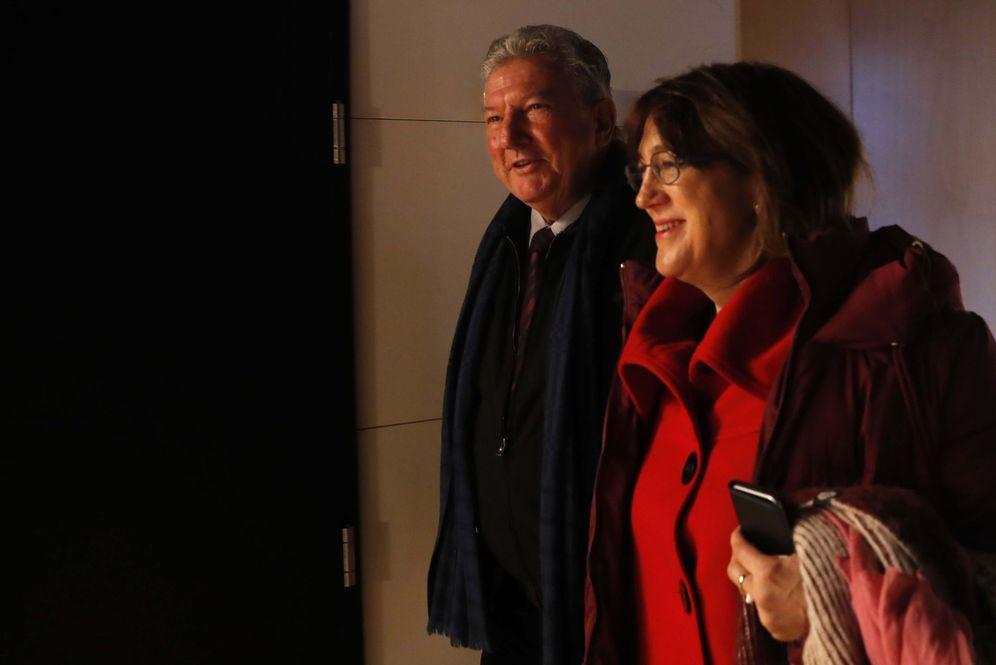 Foto: La exportavoz socialista Soraya Rodríguez, el pasado 6 de febrero en el Congreso, con el diputado de Nueva Canarias Pedro Quevedo. (EFE)